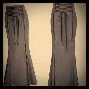 Vintage gray and black skirt